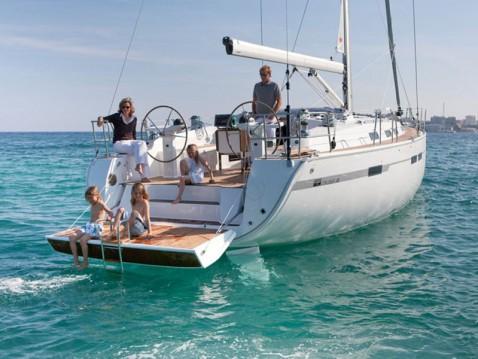 Bootsverleih Álimos günstig Bavaria 45 Cruiser Style