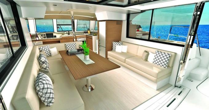 Bali Catamarans Bali Catspace Voile zwischen Privatpersonen und professionellem Anbieter Porto Rotondo