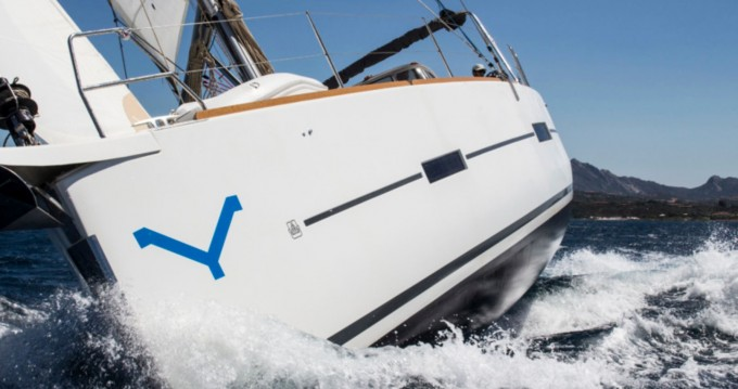 Segelboot mit oder ohne Skipper Dufour mieten in Marina di Portisco