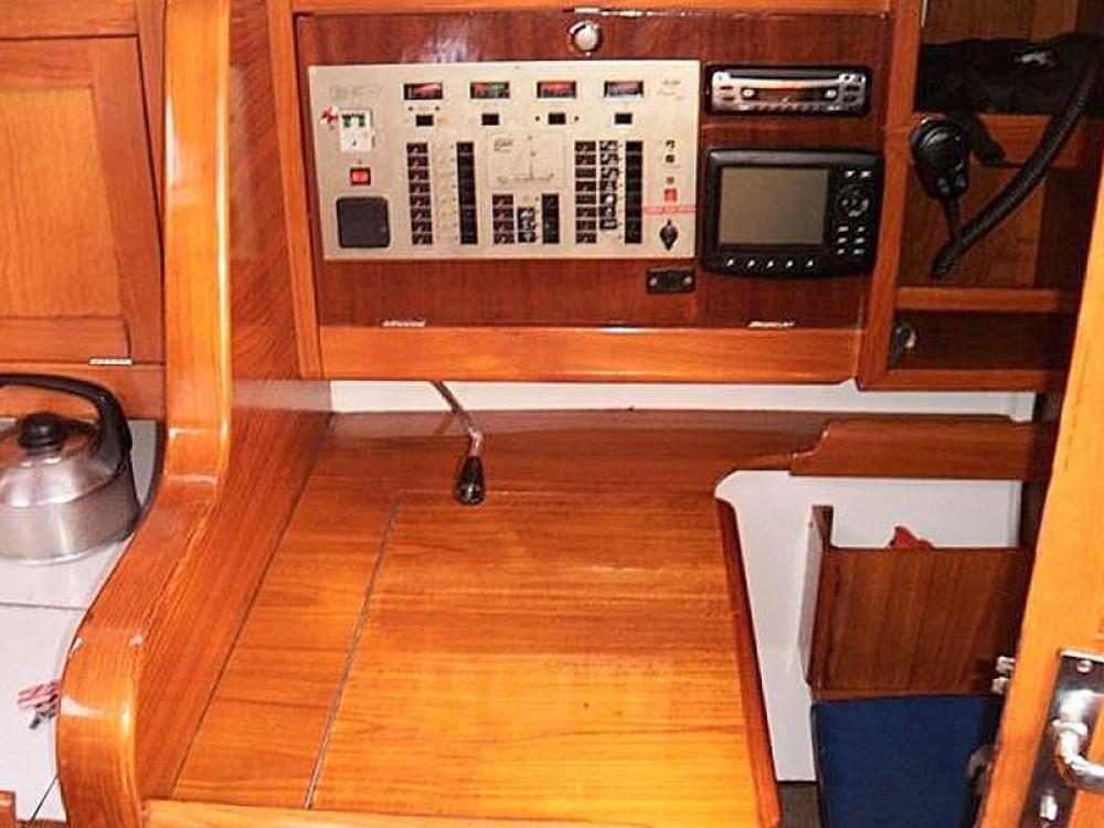 Yacht-Charter in  - Elan Elan 431 auf SamBoat