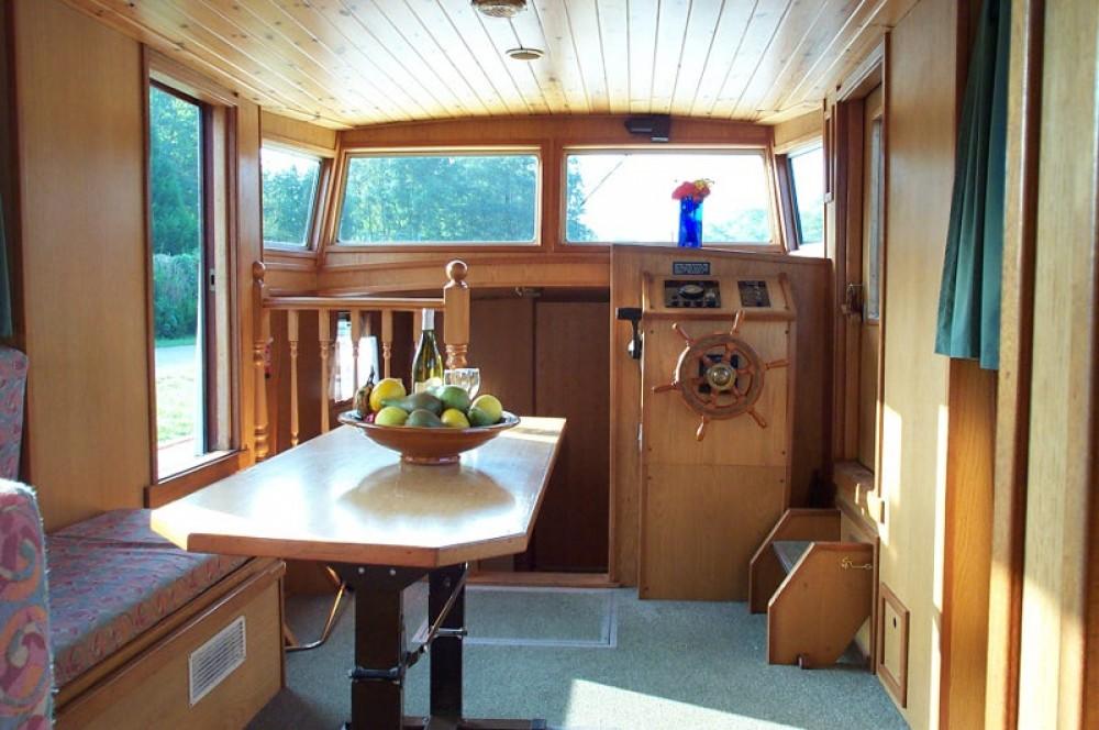 Motorboot mieten in Vermenton - Viking Burgundy 1200