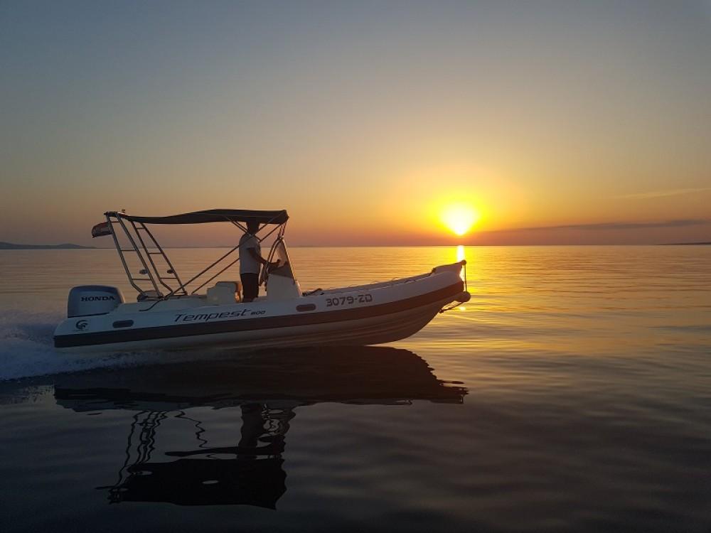 Motorboot mit oder ohne Skipper Cantiere mieten in Sukošan