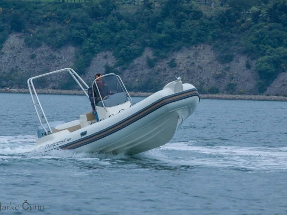 Bootsverleih Cantiere TEMPEST 600 + Honda 135 Sukošan Samboat