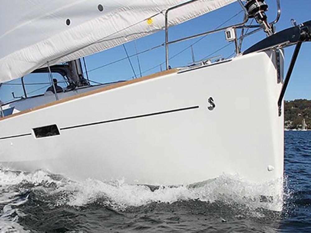 Bénéteau Oceanis 45 (4 cabins) zwischen Privatpersonen und professionellem Anbieter Marmaris
