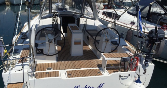 Bootsverleih Athen günstig Oceanis 38