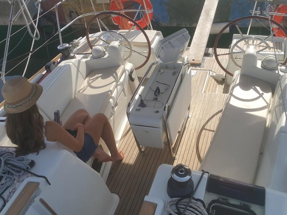 Jeanneau Sun Odyssey 409 zwischen Privatpersonen und professionellem Anbieter Tivat