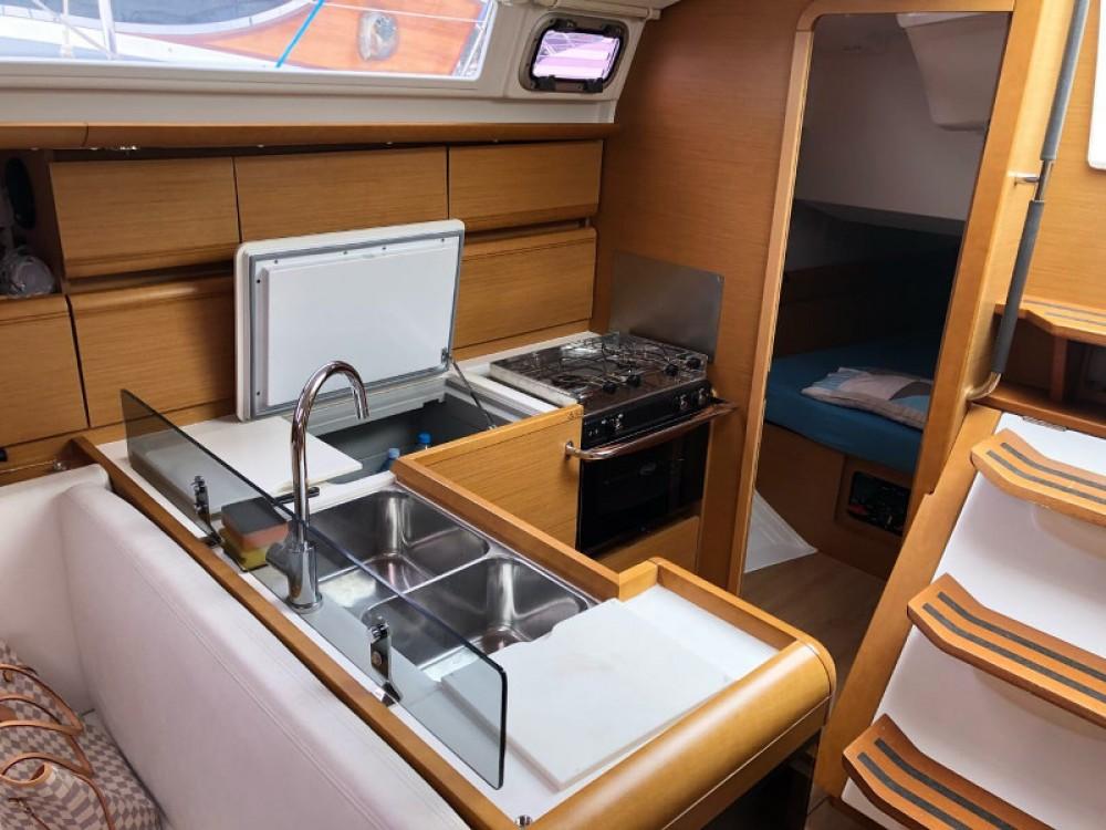 Segelboot mit oder ohne Skipper Jeanneau mieten in Tivat