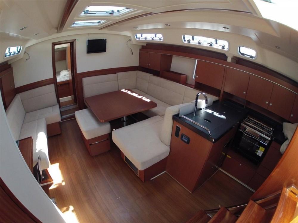 Bootsverleih Hanse Hanse 445 Komolac Samboat