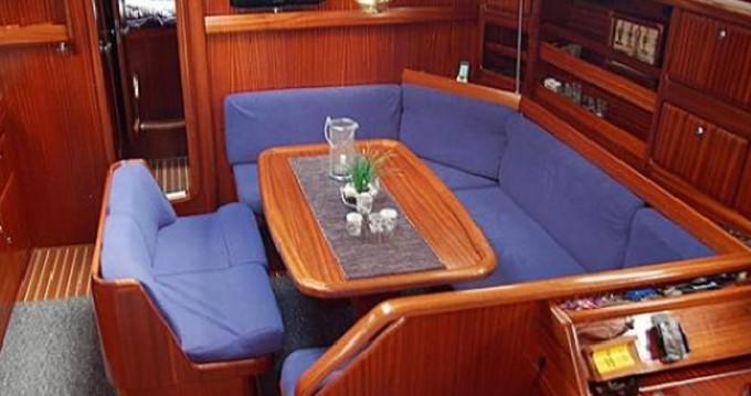 Yacht-Charter in Lefkas Marina - Bavaria Bavaria 42 auf SamBoat