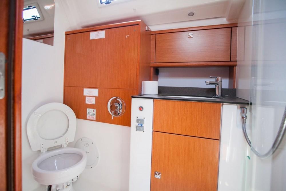 Bootsverleih Trau günstig Bavaria Cruiser 51