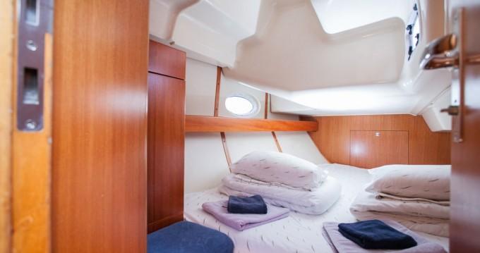 Bootsverleih Elan Impression 384 Trogir Samboat