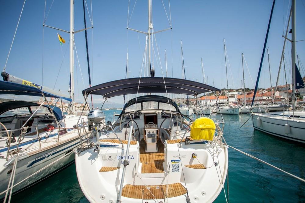 Bootsverleih ACI Marina Trogir günstig Bavaria 50 Cruiser