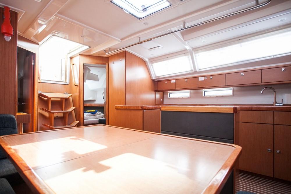 Bootsverleih Trogir günstig Bavaria Cruiser 46