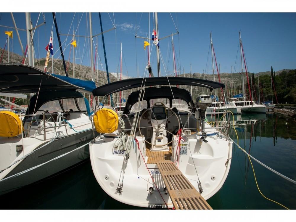 Bootsverleih Bavaria Bavaria 37 Cruiser ACI Marina Dubrovnik Samboat