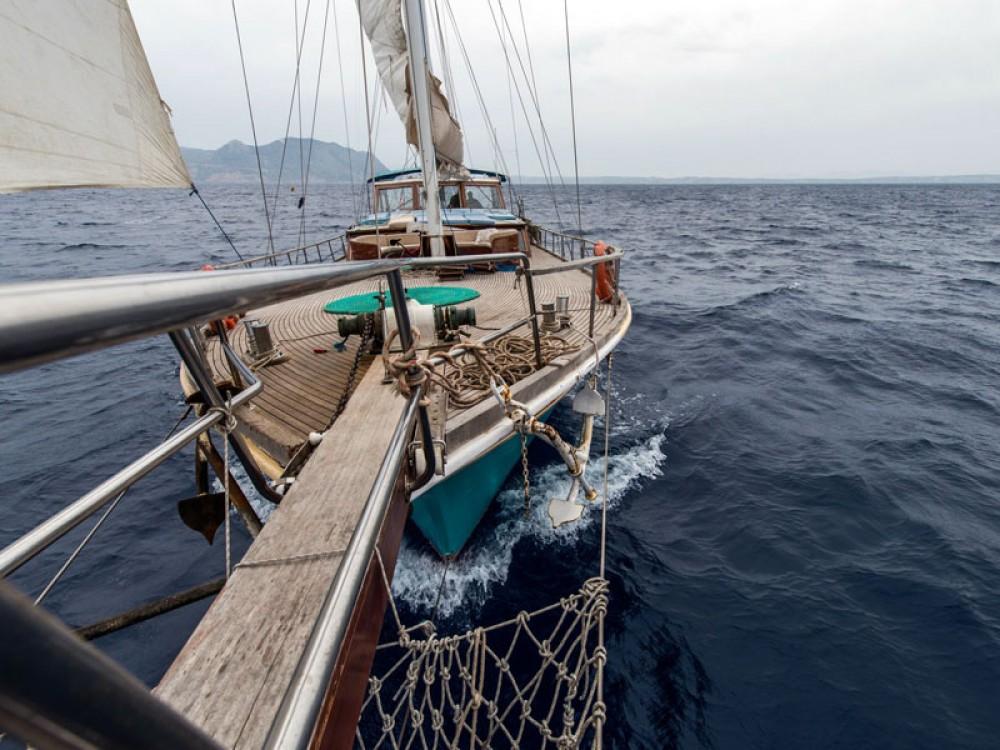 Segelboot mit oder ohne Skipper  mieten in Marina Gouvia