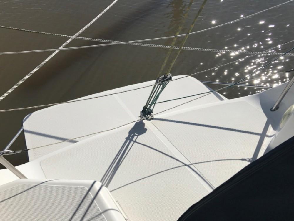 Skipper 30 zwischen Privatpersonen und professionellem Anbieter Paraty