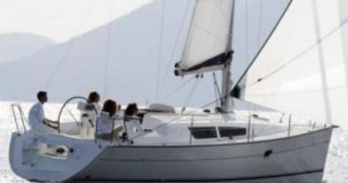 Jeanneau Sun Odyssey 32i zwischen Privatpersonen und professionellem Anbieter Gouviá