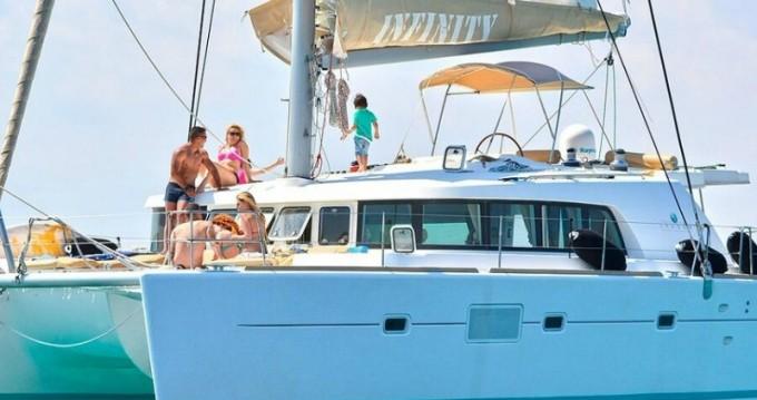Lagoon Lagoon 500 zwischen Privatpersonen und professionellem Anbieter Athen