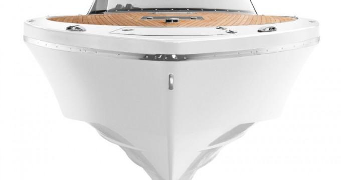 Motorboot mit oder ohne Skipper  mieten in Kaštel Gomilica