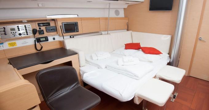 Segelboot mieten in Kaštel Gomilica - Bénéteau First 45