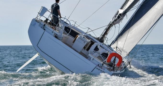 Yacht-Charter in Lávrio - Bénéteau Oceanis 46.1 auf SamBoat