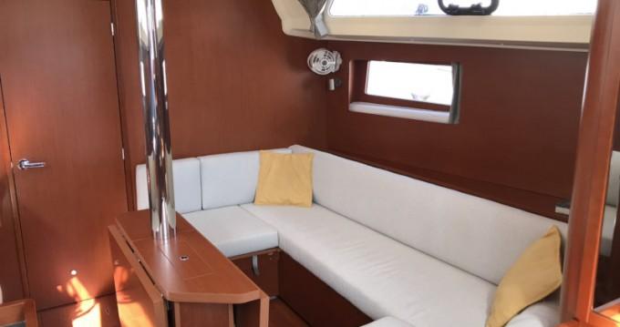 Bootsverleih Bénéteau Oceanis 41.1 La Spezia Samboat