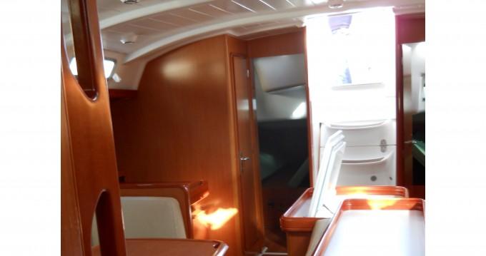 Bénéteau Cyclades 50.5 zwischen Privatpersonen und professionellem Anbieter Marina di Portorosa