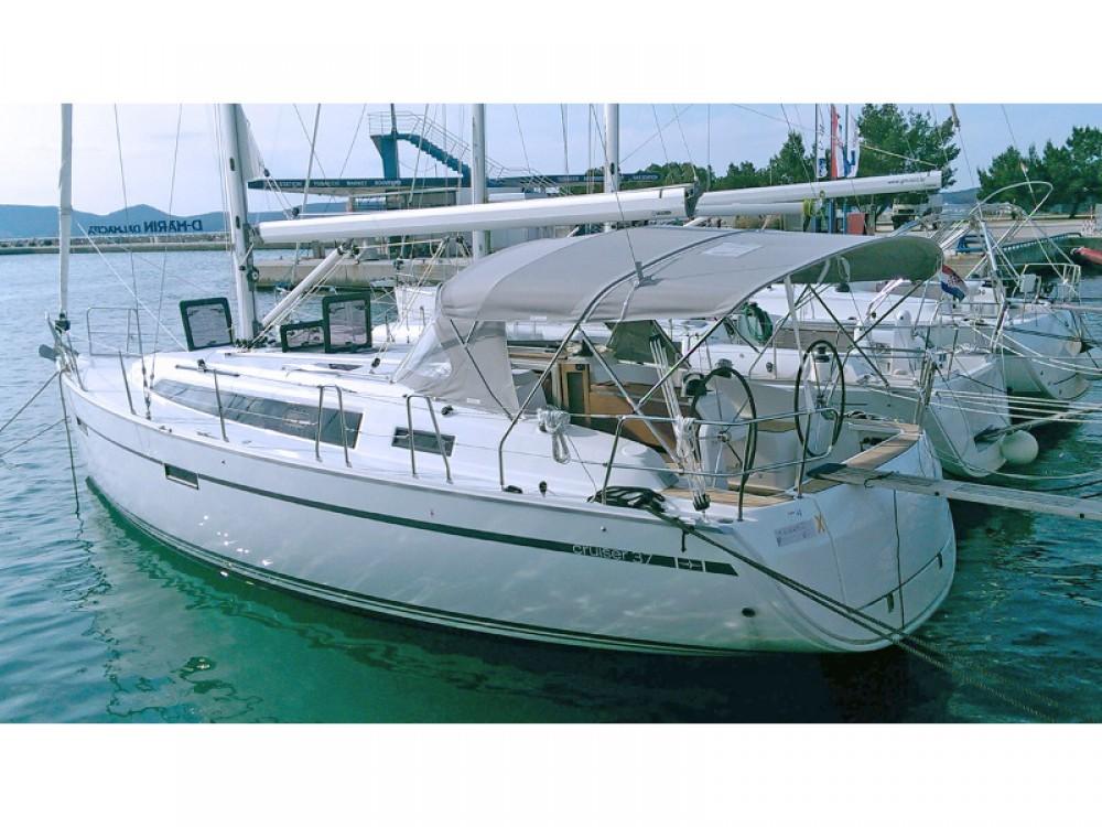 Yacht-Charter in Sukošan - Bavaria Bavaria 37 auf SamBoat