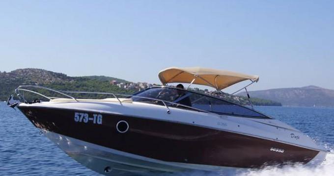 Motorboot mit oder ohne Skipper Sessa Marine mieten in Trogir
