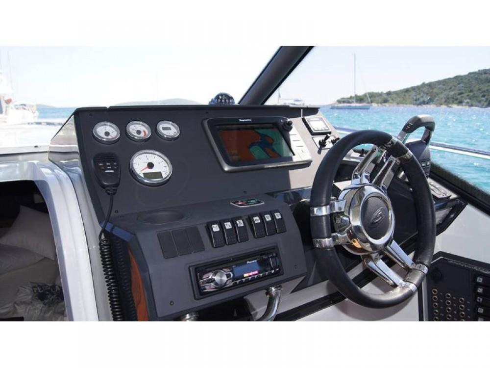 Yacht-Charter in Trau - Grandezza Grandezza 27 OC auf SamBoat
