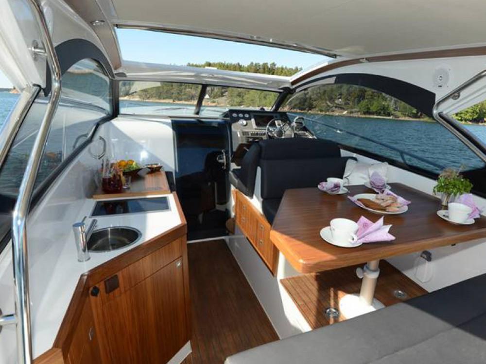 Motorboot mit oder ohne Skipper Grandezza mieten in Trau