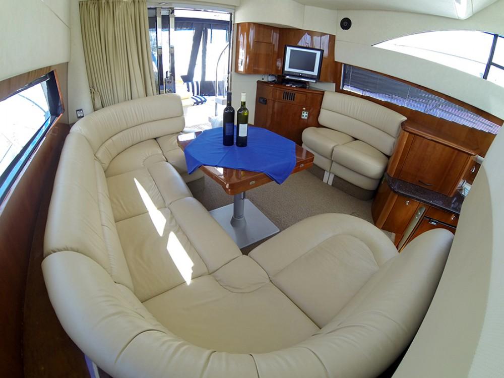 Bootsverleih Fairline Fairline Phantom 40 Šibenik Samboat