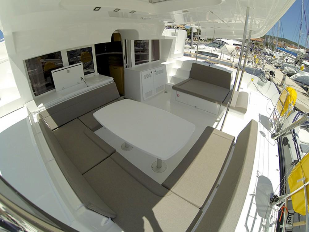 Yacht-Charter in Šibenik - Lagoon Lagoon 450 auf SamBoat