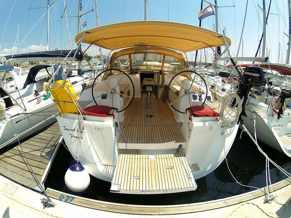 Segelboot mieten in Šibenik - Dufour Dufour 445 GL