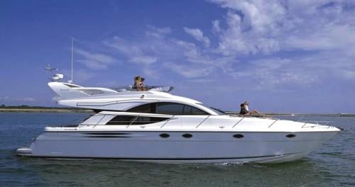 Motorboot mieten in Šibenik - Fairline Fairline Phantom 50