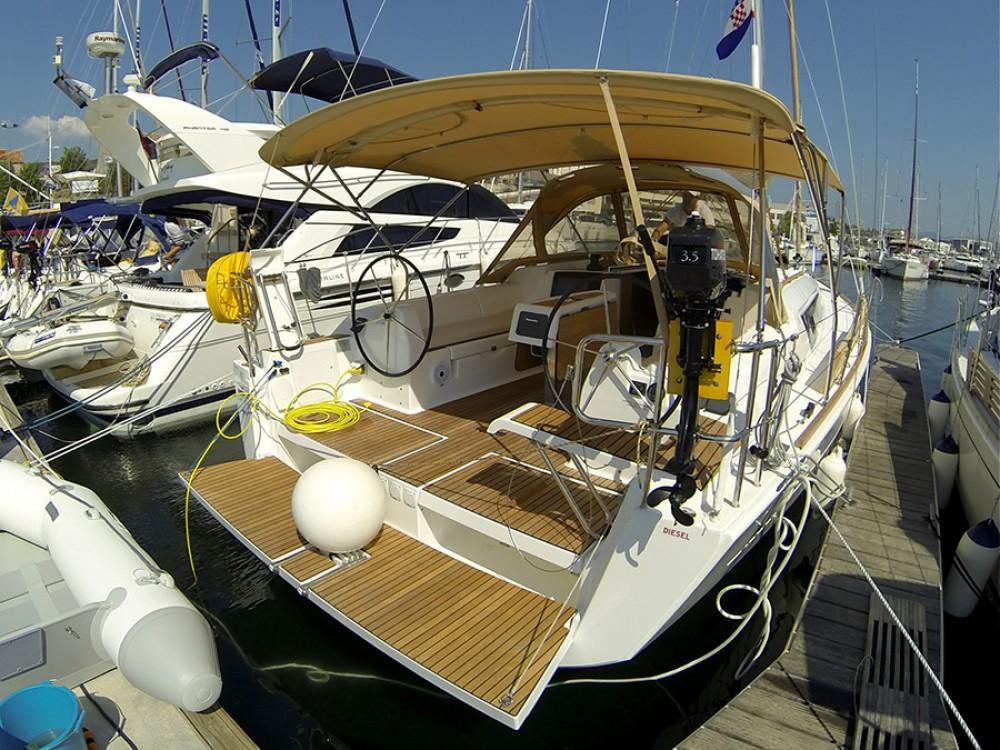 Yacht-Charter in Šibenik - Dufour Dufour 382 GL auf SamBoat