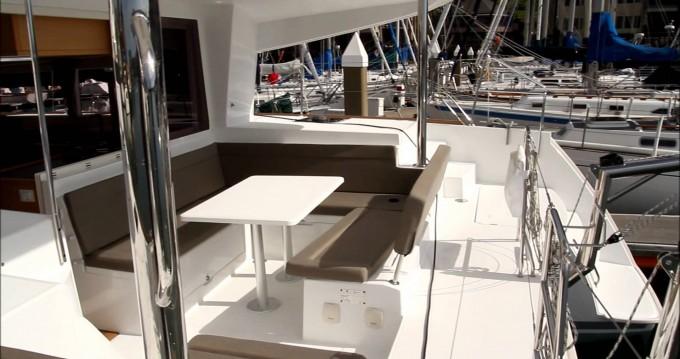 Yacht-Charter in San Vincenzo - Lagoon Lagoon 400 auf SamBoat