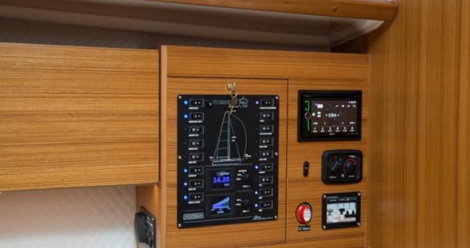 Bootsverleih Wilkasy günstig Maxus 33.1 RS Prestige +