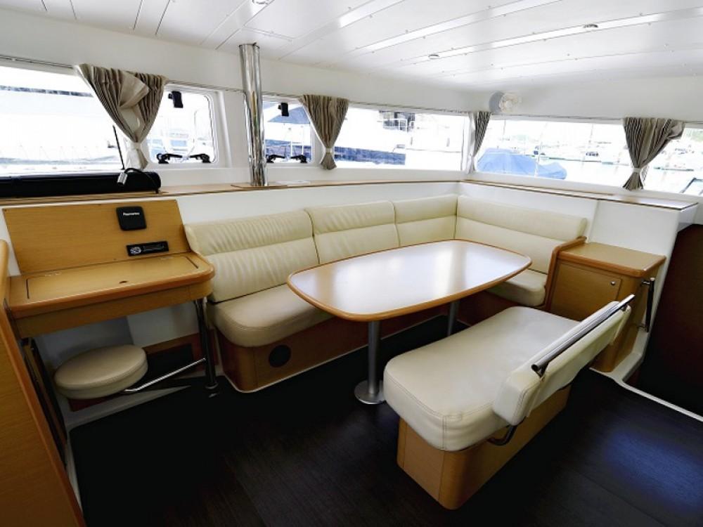 Yacht-Charter in  - Lagoon Lagoon 421 auf SamBoat