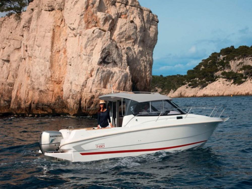Segelboot mit oder ohne Skipper Bénéteau mieten in ACI Marina Trogir