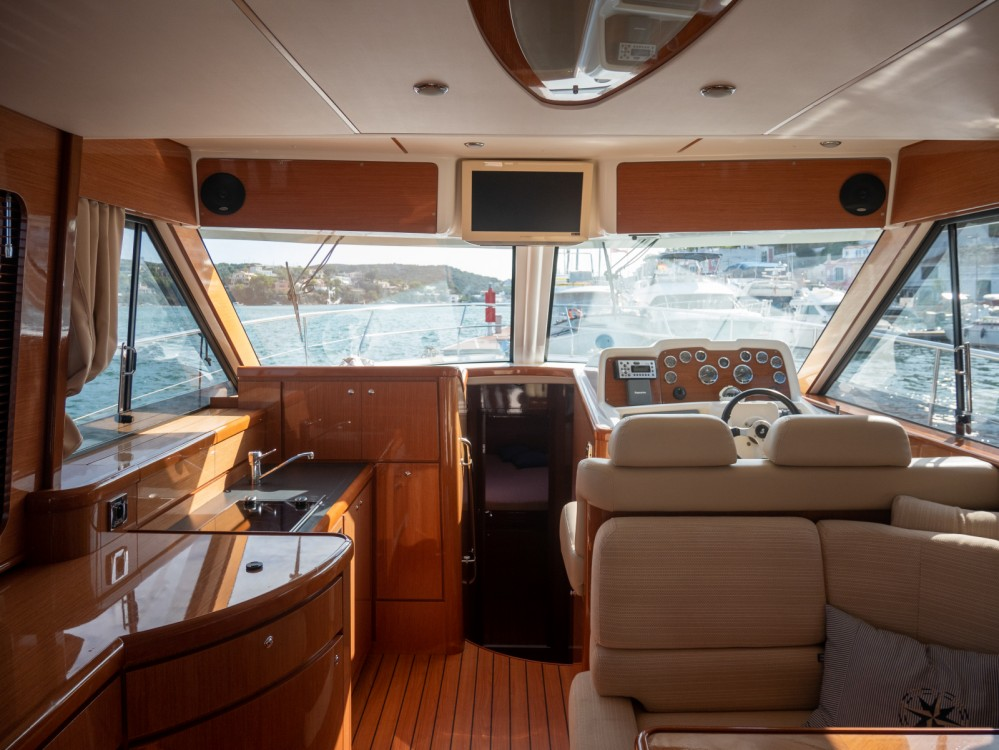 Yacht-Charter in Maó - Bénéteau Antares 13.80 auf SamBoat