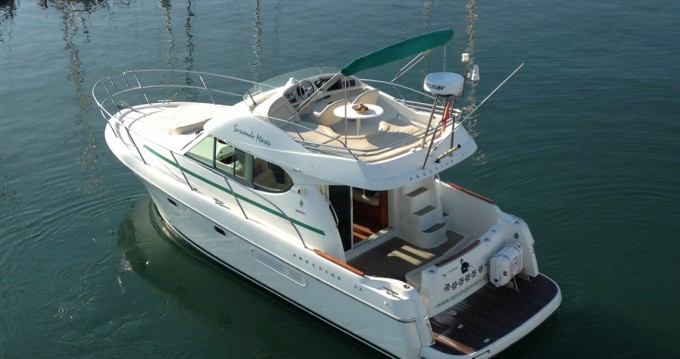 Yacht-Charter in Port de Sitges Aiguadolç - Jeanneau Prestige 32 auf SamBoat