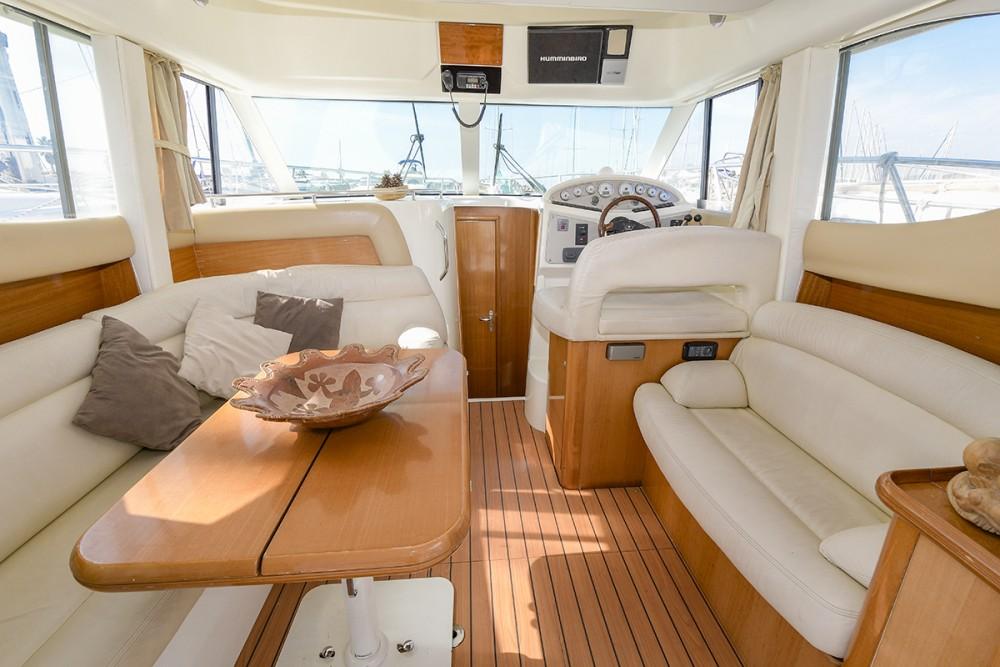 Bootsverleih Jeanneau Prestige 32 Sitges Samboat
