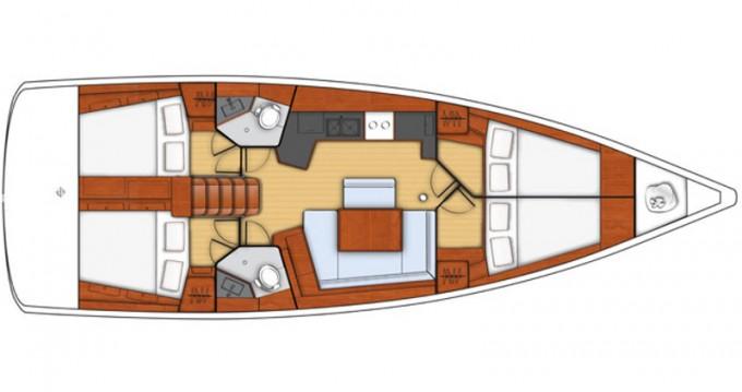 Bénéteau Oceanis 45 zwischen Privatpersonen und professionellem Anbieter Trapani