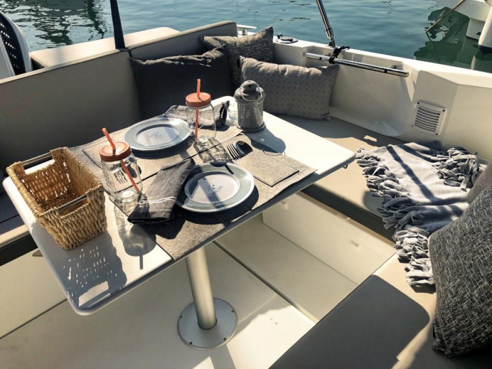 Motorboot mieten in Zadar - Jeanneau Merry Fisher 795