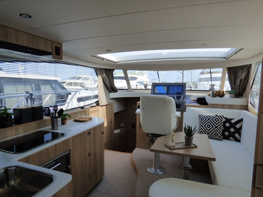 Bootsverleih  Jetten 42 MPC  Samboat