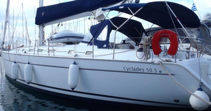 Bénéteau Cyclades 50.5 zwischen Privatpersonen und professionellem Anbieter Álimos