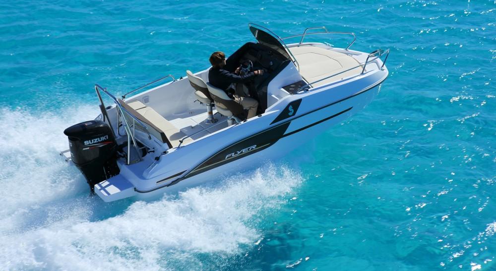 Yacht-Charter in Trogir - Bénéteau Beneteau Flyer 5.5 Sundeck auf SamBoat