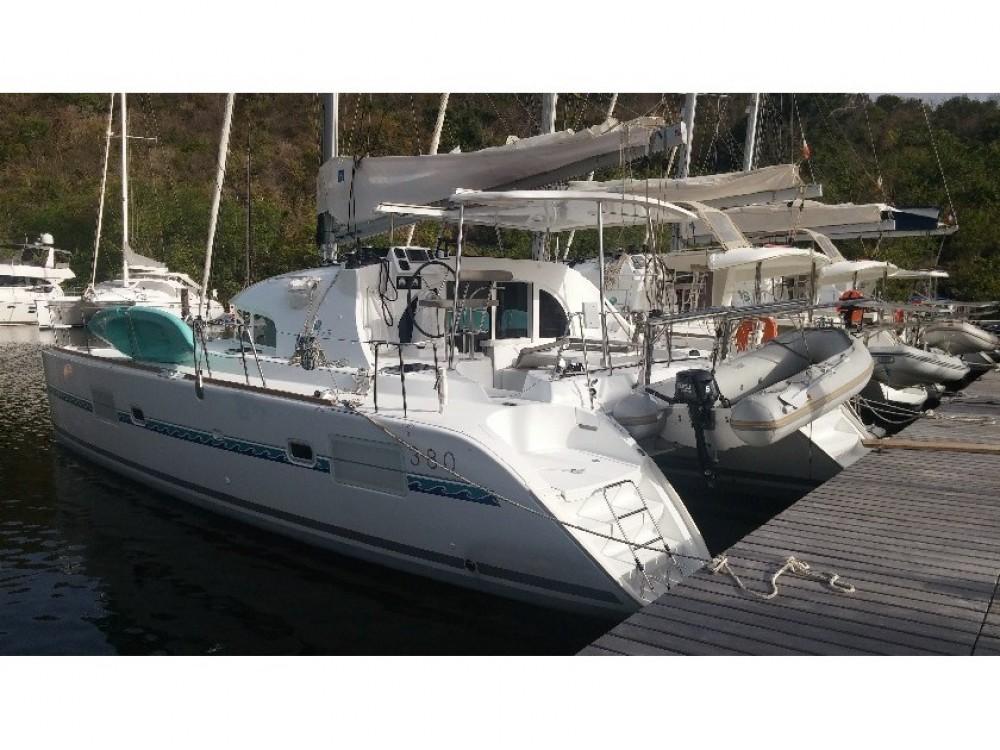 Lagoon Lagoon 380 S2 zwischen Privatpersonen und professionellem Anbieter Le Marin