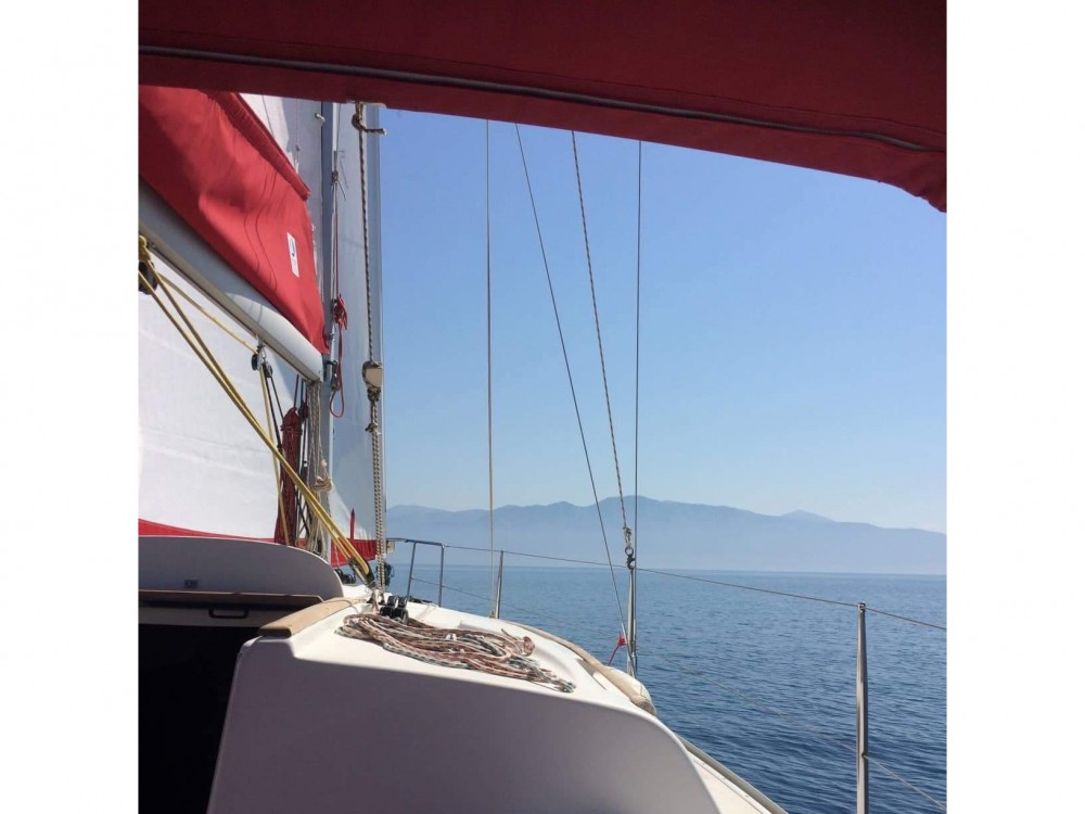 Ein Jeanneau Sun Odyssey 32 mieten in Lefkada